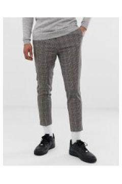 New Look - Kurz geschnittene Hose in Braun kariert - Braun(92419342)