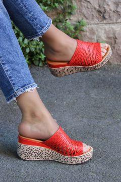 FAST STEP Hakiki Deri Kırmızı Kadın Dolgu Topuk Terlik 863zaf500(124469523)