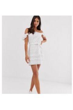 Parisian Tall - Schulterfreies Kleid in Weiß mit Lochstickerei - Weiß(93657385)