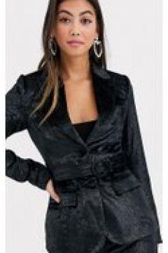 Fashion Union Petite - Blazer sartoriale con cintura in velluto nero decorato(120390228)