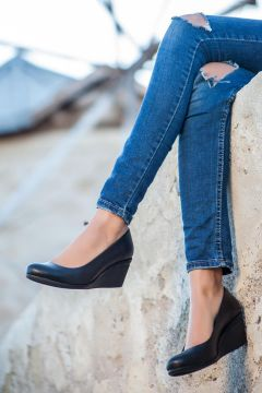 Deripabuc Hakiki Deri SİYAH Kadın Dolgu Topuklu Deri Ayakkabı(124974062)